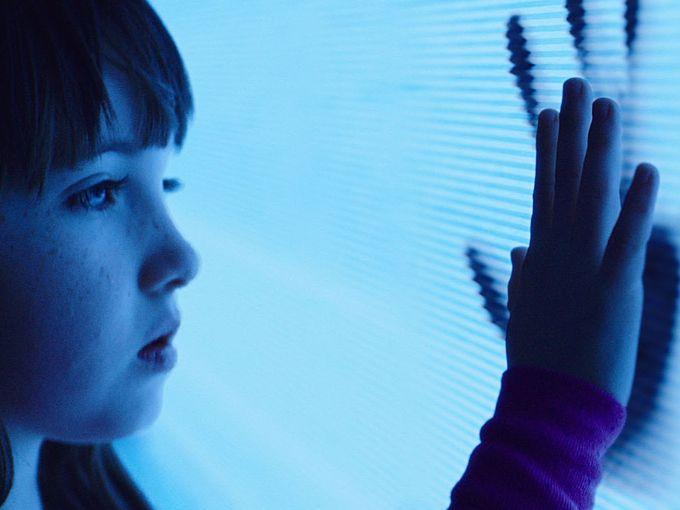 Primeiro trailer e poster do remake/sequência de Poltergeist O Fenômeno
