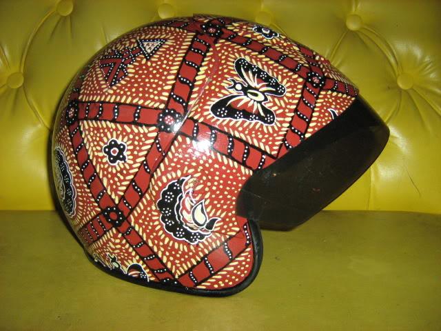 Dewi S Note D 10 Helm Helm Unik