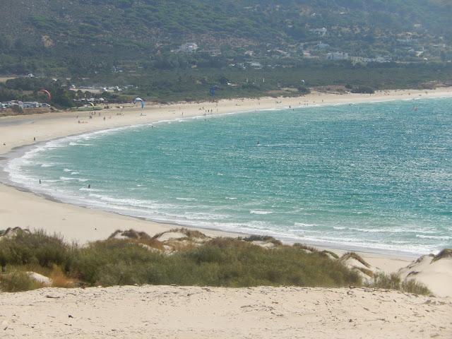 vista de la playa de Valdevaqueros desde Punta Paloma