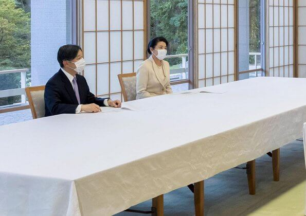 Emperor Naruhito and Empress Masako were briefed by Shigeru Omi on coronavirus and the state of emergency declared for Tokyo
