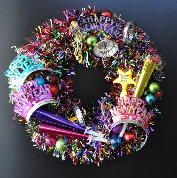 Parti Konseptli Yeni Yıl Kapı Süsü