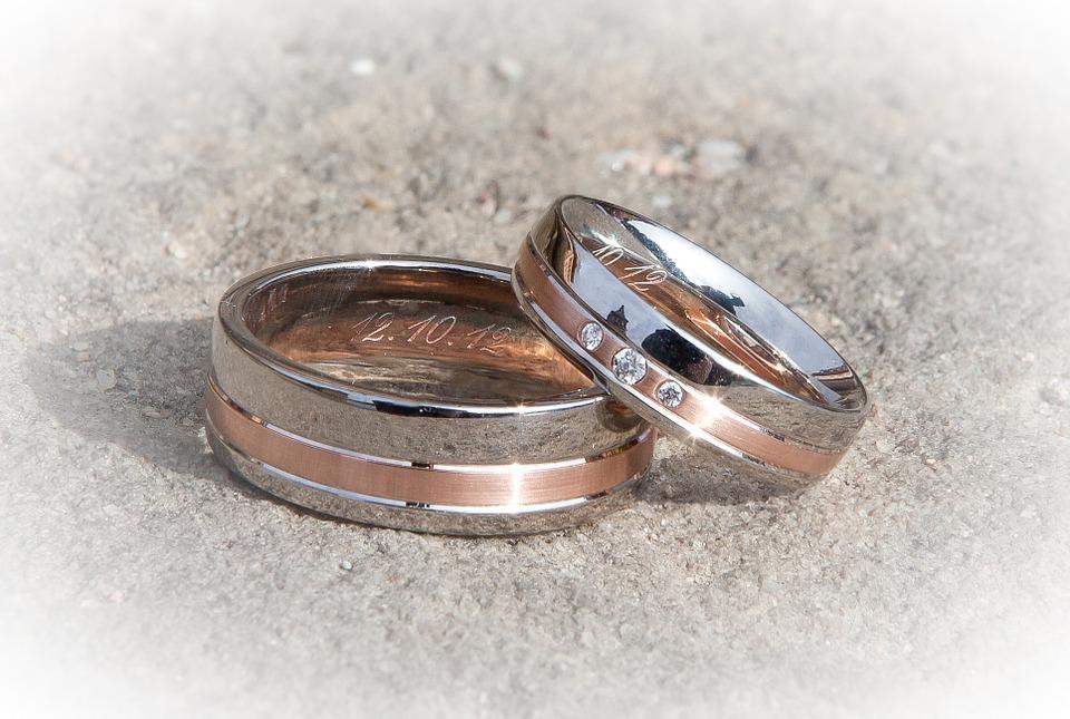 Best Metals for Men's Wedding Bands