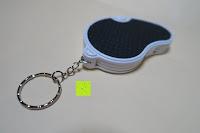 Ring: Einklappbare Alltags Lupe mit LED Licht - Kompakt und überall einsetzbar