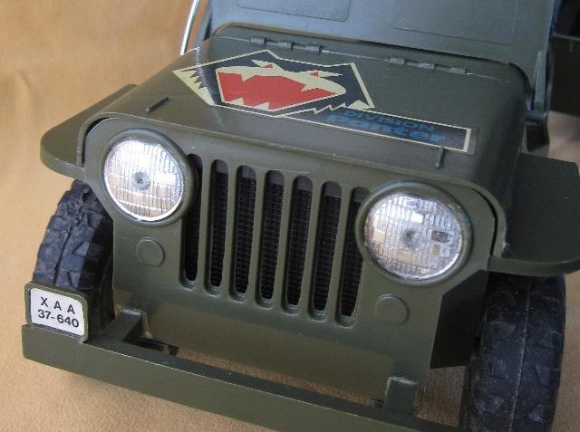 XAA 37-640 La matrícula de los Jeeps Madelman