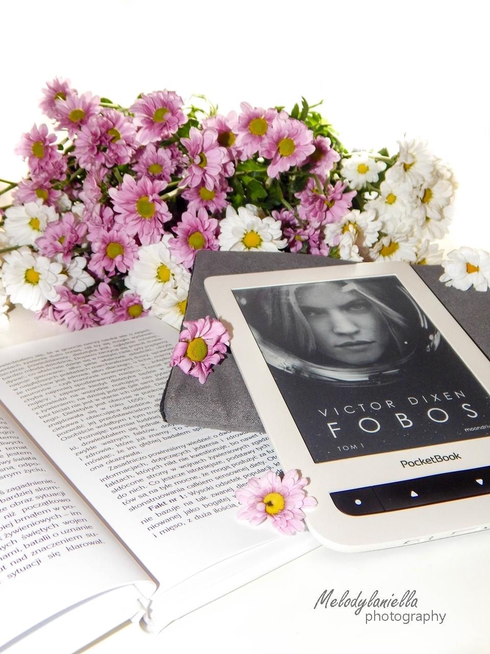 fobos czytnik ksiazka kawiaty melodylaniella wydawnictwo otwarte recenzja pocket book okladka czytniki