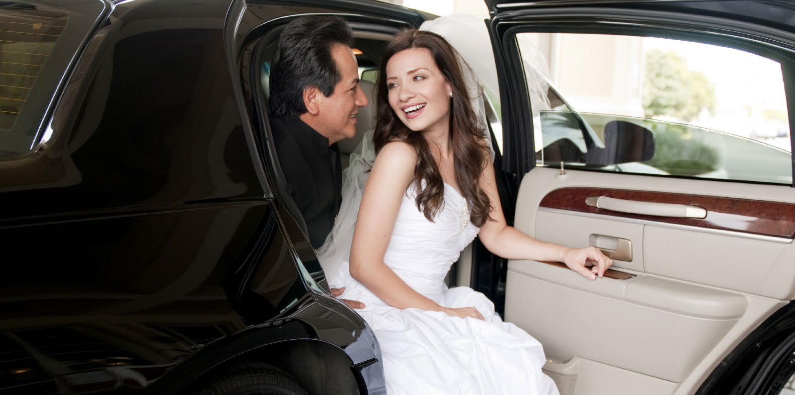 BEST WEDDING LIMOUSINE SERVICES IN BOSTON