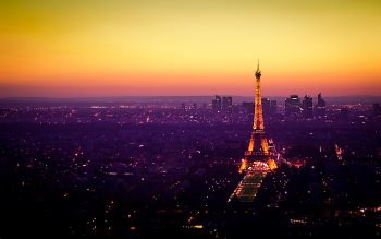 Wallpaper: Nightfall is coming in Paris