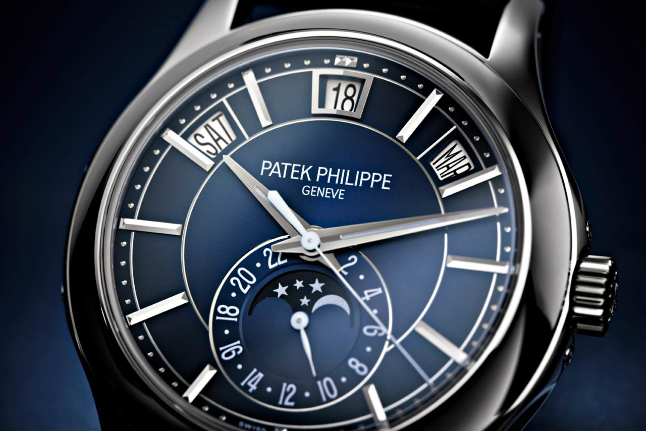 Patek Philippe Ref 5205g Annual Calendar Blue Dial Time And