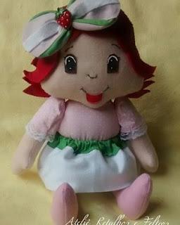 boneca de feltro moranguinho baby