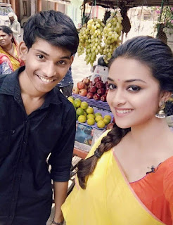 Keerthy Suresh with Fan at Memu Saitham