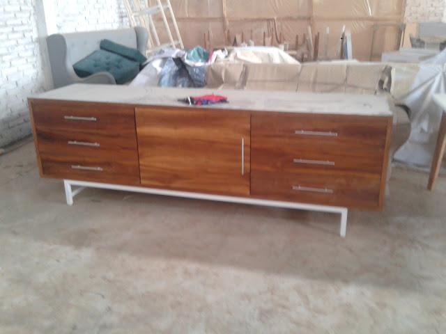 Cara Membersihkan Furniture Kayu