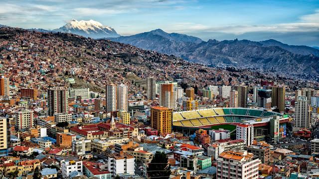 Panorámica de la ciudad de La Paz en Bolivia