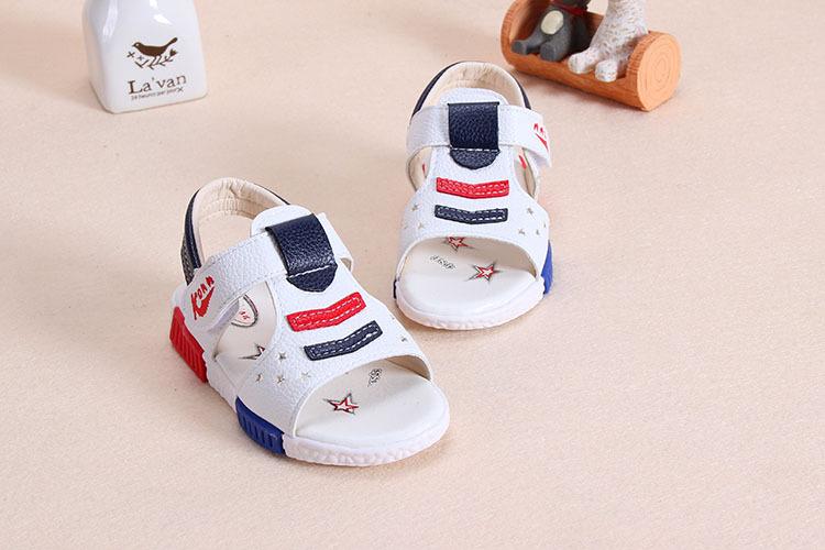 sandal tre em