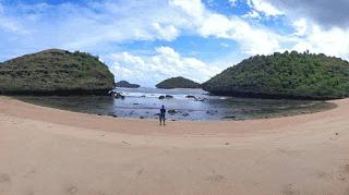 Pantai Bercak Pacitan