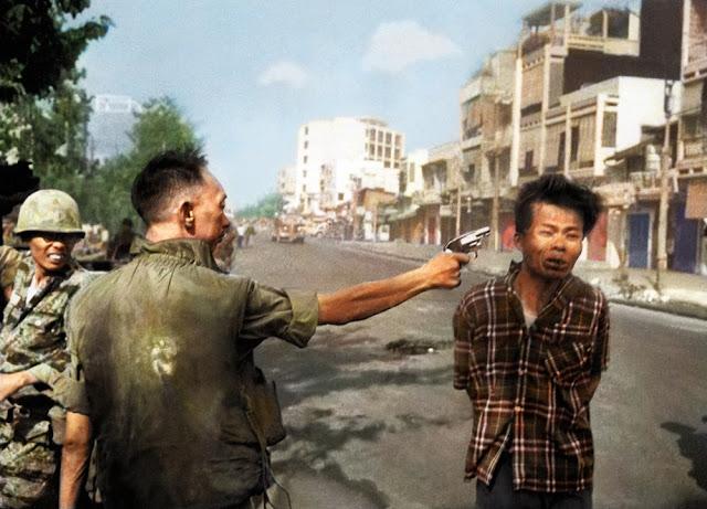 foto eksekusi seorang vvietkong pada tahun 1968