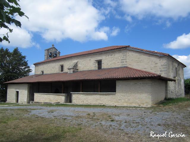 Ermita de Etxaurren en Menoio (Aiara, Álava)