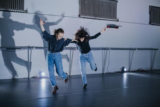 InfiniteBody: Hadar Ahuvia: The Dances Are for Us