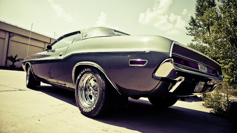 Old Timer Muscle Car