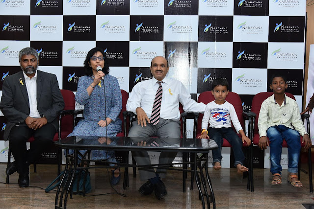 Mr. Thanmaya BP, Founder Trustee of Iksha Foundation, Dr. Roshmi, Dr. K. Bhujang Shetty with Eye Cancer Survivors who were operated succe