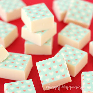 http://hungryhappenings.com/2016/02/white-chocolate-fudge-sugar-stamps.html/