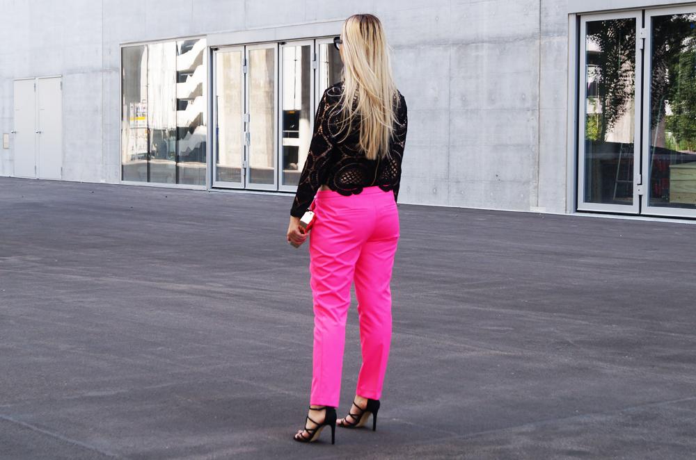 swiss fashion blogger