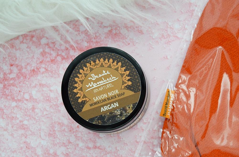 Rytuał Hammam - O czarnym mydle Savon Noir, rękawicy Kessa oraz pumeksie z marokańskiej glinki czerwonej