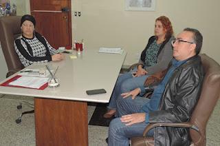 http://vnoticia.com.br/noticia/1763-francimara-recebe-deputado-julio-lopes-e-assessores-de-romario