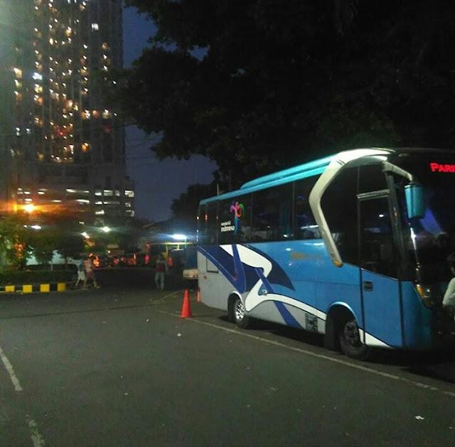 Bus Wisata Jogja Tujuan Hotel Plaza Mangga Dua Jakarta