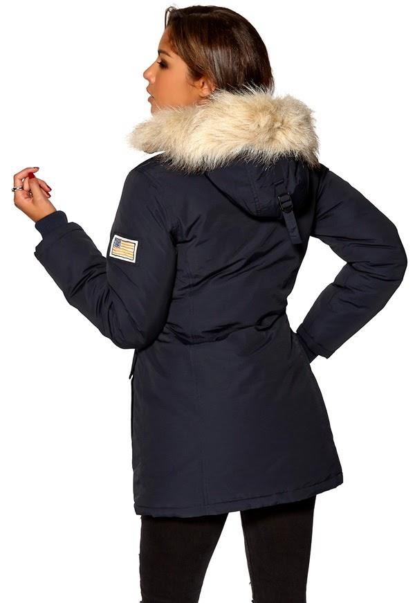 bfae4356 Sikre deg din jakke nå! Selv om det ikke er en halvmeter snø og bitende  kuldegrader her for øyeblikket, så vet vi alle at dette kommer garantert  til å komme ...