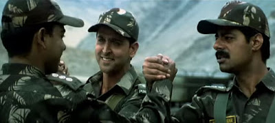 Kandhon Se Milte Hain Kandhe Lyrics from Lakshya Movie