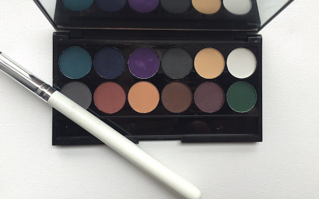 Sleek i-Divine Palette Ultra Matte