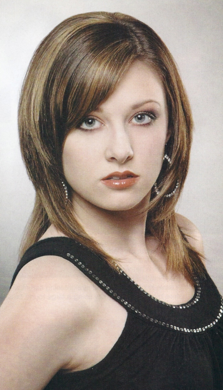 Hairstyles Popular 2012 Medium Shag Hairstyle Wallpapers