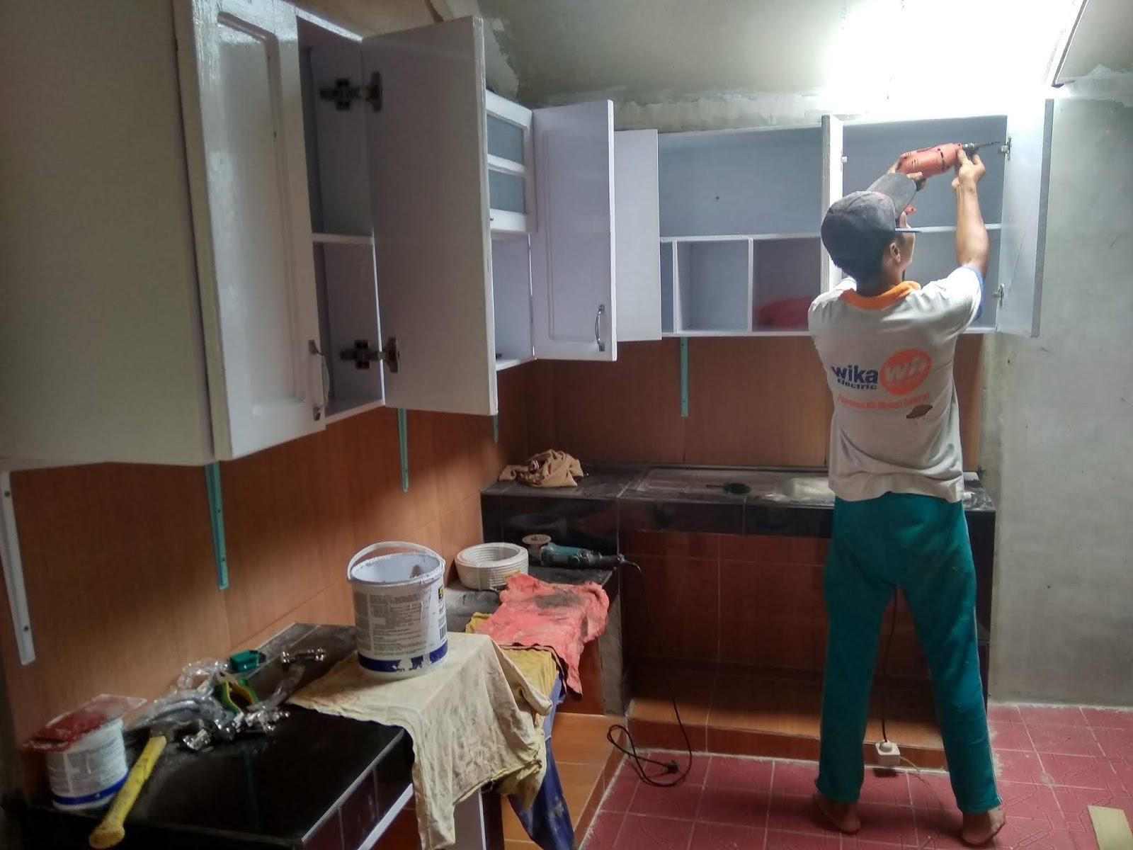 Anton Bloger Cara Memasang Kitchen Set Baut Siku Kencangka Semua Pada Belakang Dapur Anda Supaya Tidak Roboh