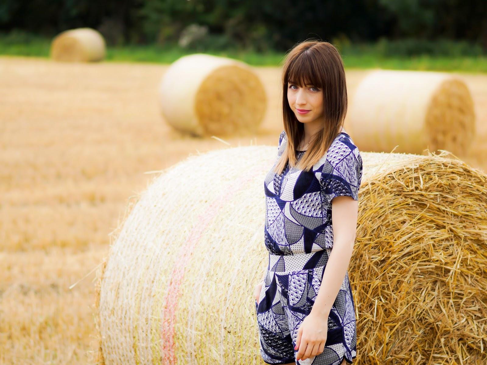 Hello Freckles Hay Bales Harvest OOTD 3