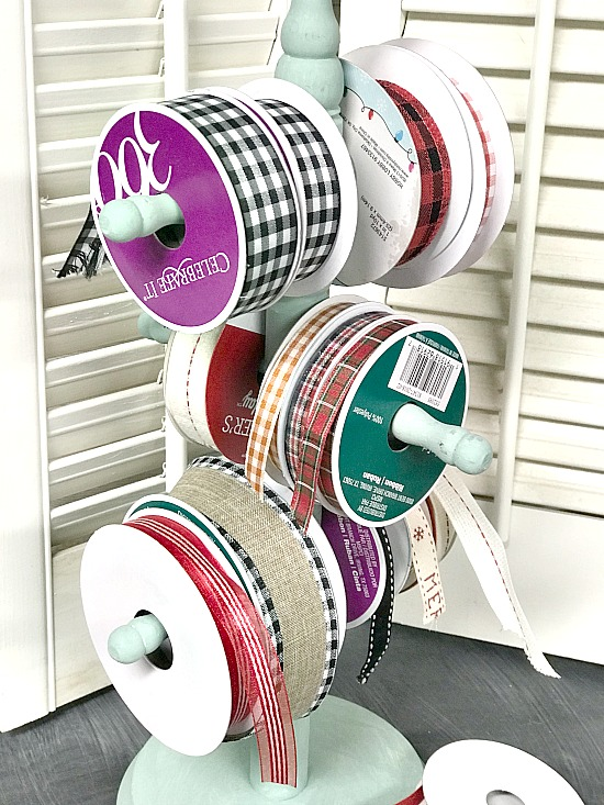 DIY Repurposed Christmas Ribbon Organization. Homeroad.net