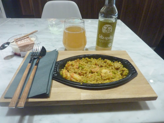 menu-foodtrotter-crevettes-riz-curry-bruxelles