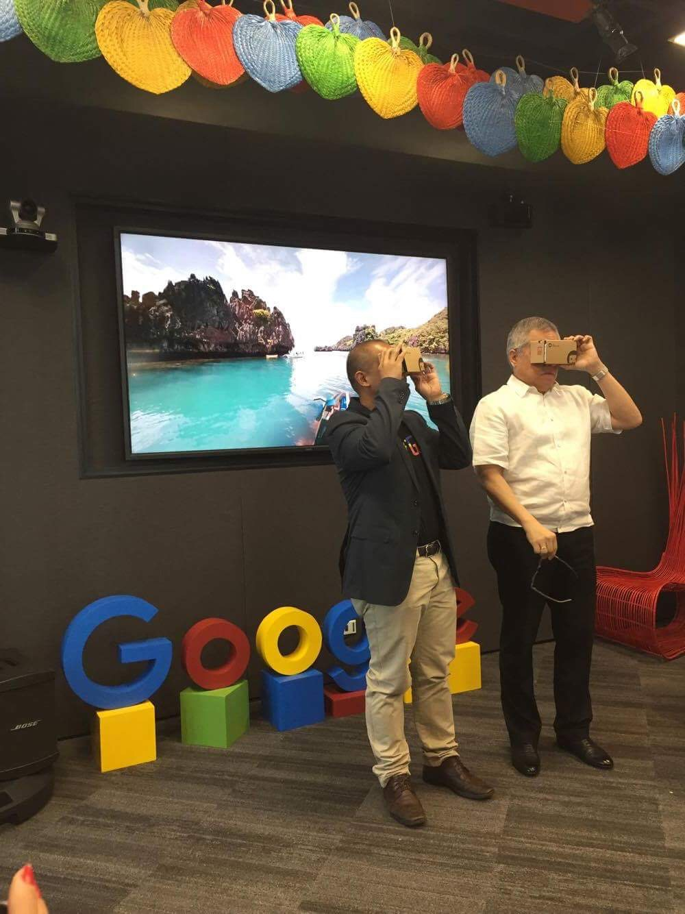 Lopez and Lingan take a look of new Street View sites