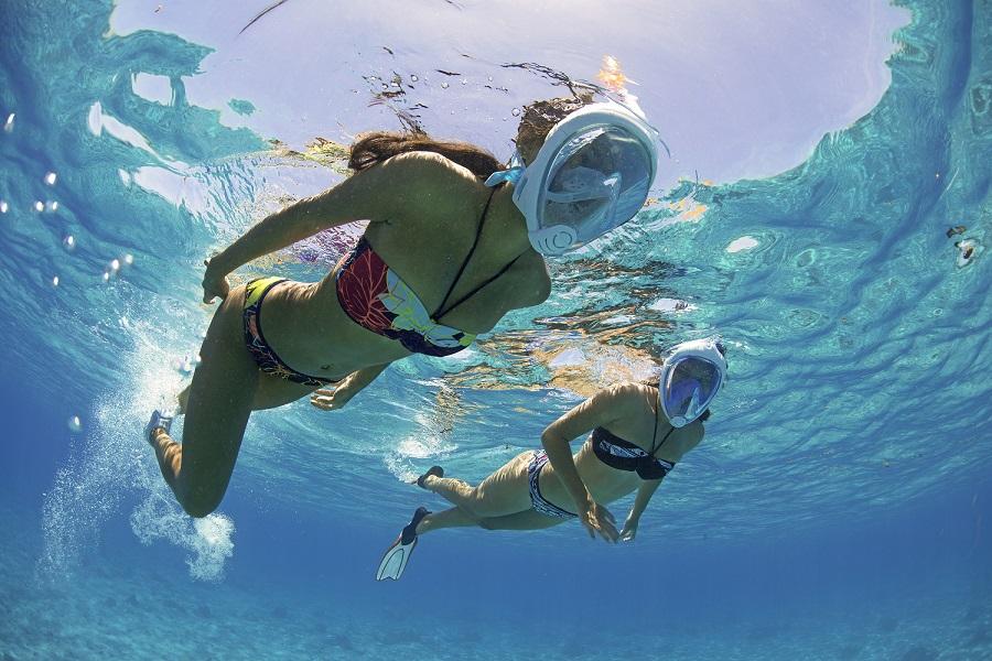 maschera integrale per snorkeling