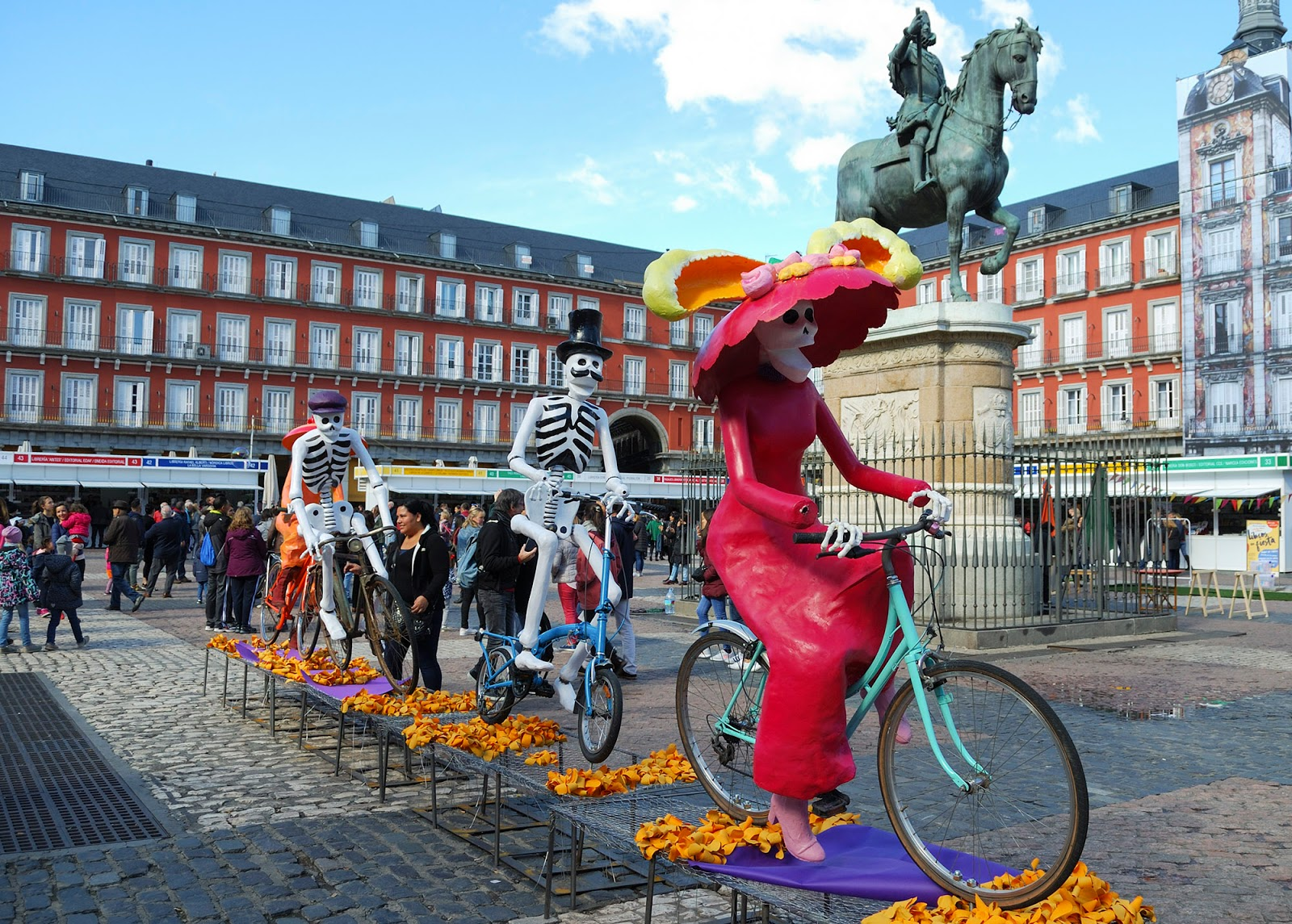 Halloween plaza mayor catrina mexico Madrid spain