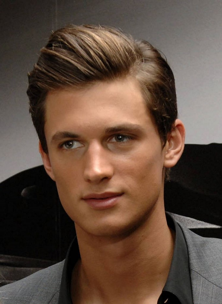 Straight Hair Hairstyles For Men With Straight And Silky Hair Atoz Hairstyles