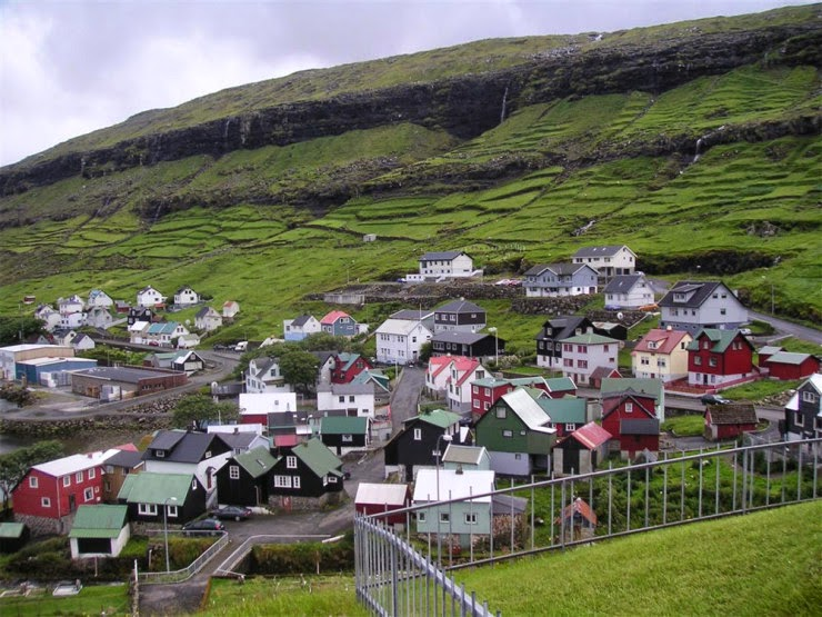 7. Gásadalur, Vagar Island, Faroe Islands - Top 10 Houses in the Middle of Nowhere