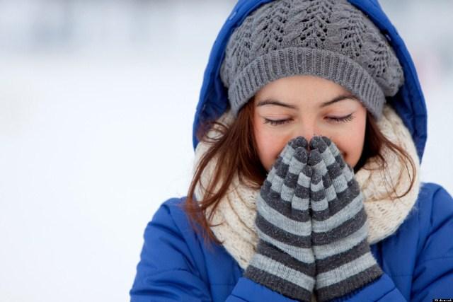 Những nguyên nhân và biểu hiện chính của bệnh viêm họng trong mùa lạnh
