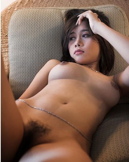 Foto Gadis Desa Telanjang di Hotel