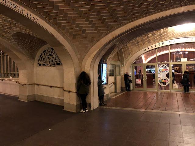 Galería de los suspiros en Gran Central Station. Nueva York con adolescentes | turistacompulsiva.com