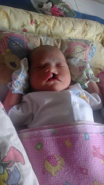 Si Kecil yang usia baru 2 bulan