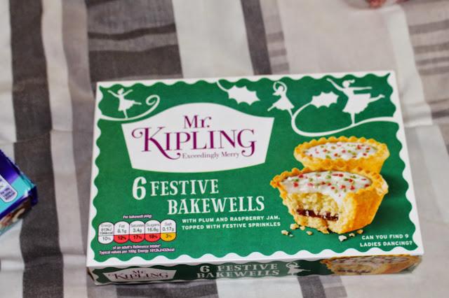mr kipling festive bakewells
