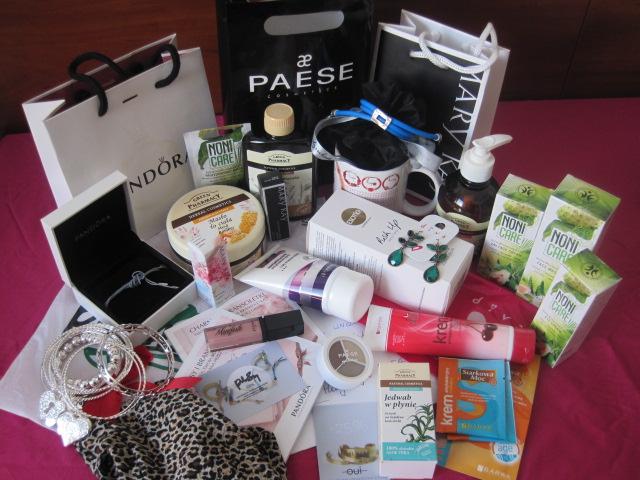 prezenty od sponsorów, niespodzianki dla blogerek, prezenty dla blogerek
