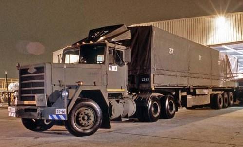 truk besar box gandeng