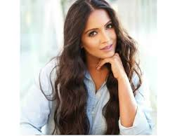 Meghna Naidu Family Husband Son Daughter Father Mother Age Height Biography Profile Wedding Photos