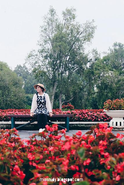 biaya photoshoot di taman bunga nusantara